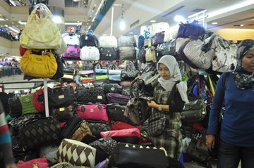 doing business in jakarta shopping
